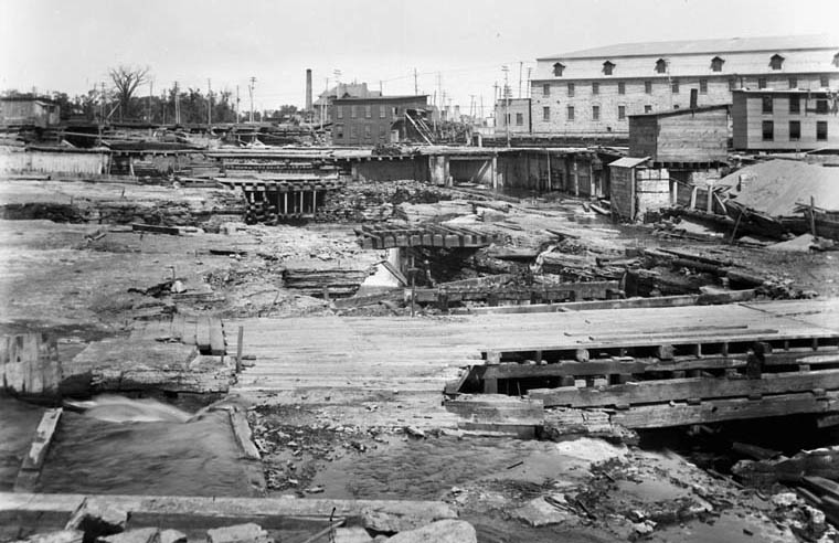 Historical Image of the Chaudiere Great Fire of 1900.